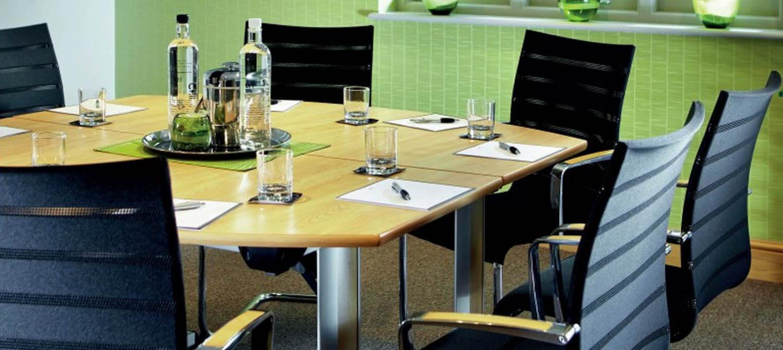 Sentrum Meeting Room - Hero - 1500x1671